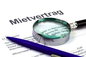 Aufhebungsvertrag: Ein Mietvertrag für Gewerbe kann so einvernehmlich beendet werden.