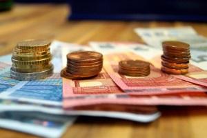 Die Mitgliedschaft im Mieterverein verursacht Kosten. Diese sind regional unterschiedlich.