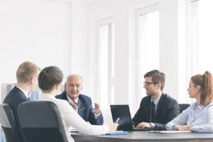 Ein Rechtsanwalt in Bremen mit Fachgebiet Mietrecht kann sowohl Mieter als auch Vermieter unterstützen.