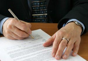 Zu den Voraussetzungen einer Eigenbedarfskündigung gehört auch ein ordentliches Kündigungsschreiben.